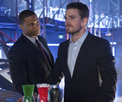Watch Arrow Season 1 Episode 17
