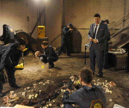 Watch Bones Season 8 Episode 21