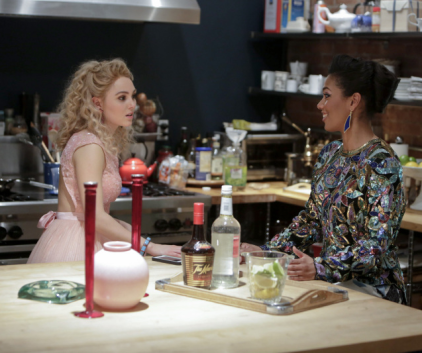 Watch The Carrie Diaries Season 1 Episode 13