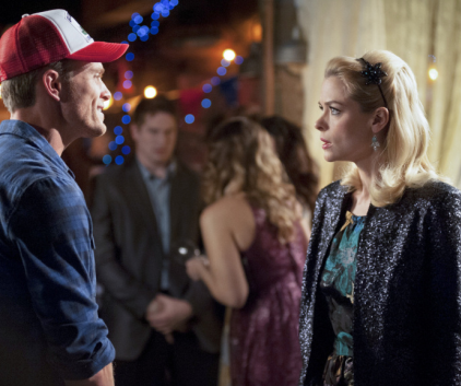 Watch Hart of Dixie Season 2 Episode 22