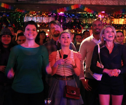 Watch Happy Endings Season 3 Episode 19
