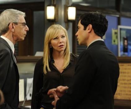 Watch Law & Order: SVU Season 14 Episode 21