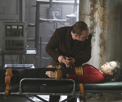 Watch Once Upon a Time Season 2 Episode 21
