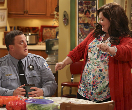 Watch Mike & Molly Season 3 Episode 21
