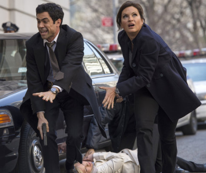 Watch Law & Order: SVU Season 14 Episode 22