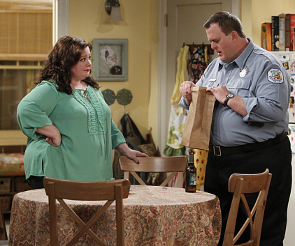 Watch Mike & Molly Season 3 Episode 23