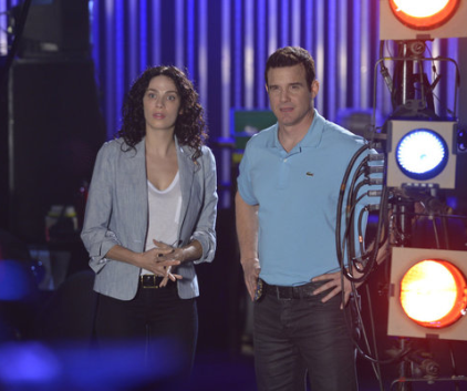 Watch Warehouse 13 Season 4 Episode 14