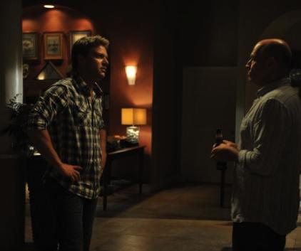 Watch The Glades Season 4 Episode 7