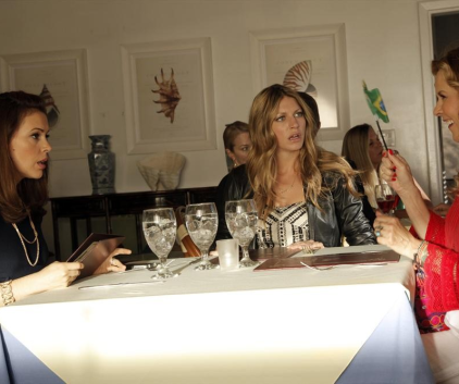 Watch Mistresses Season 1 Episode 9