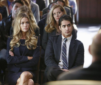Watch Twisted Season 1 Episode 10