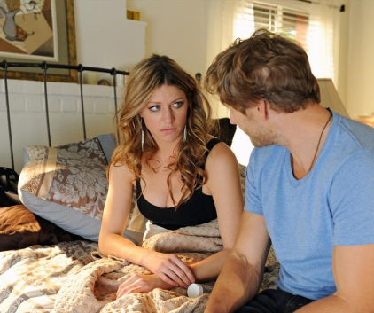 Watch Mistresses Season 1 Episode 12