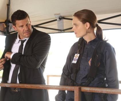 Watch Bones Season 9 Episode 1