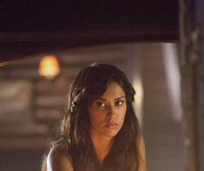 Watch The Vampire Diaries Season 5 Episode 3