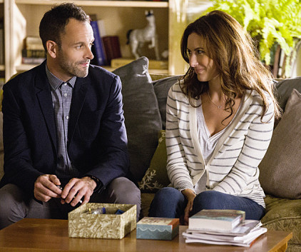 Watch Elementary Season 2 Episode 4