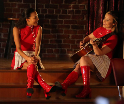Watch Glee Season 5 Episode 2