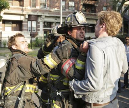 Watch Chicago Fire Season 2 Episode 3