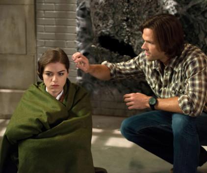 Watch Supernatural Season 9 Episode 4
