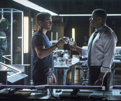Watch Arrow Season 2 Episode 5