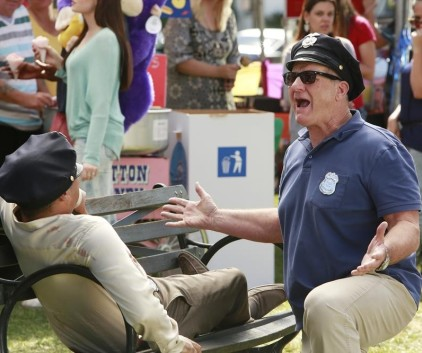 Watch Modern Family Season 5 Episode 7