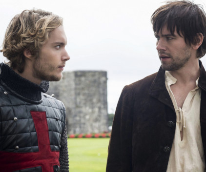Watch Reign Season 1 Episode 4