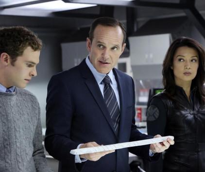 Watch Agents of S.H.I.E.L.D. Season 1 Episode 8