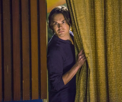 Watch Ravenswood Season 1 Episode 4