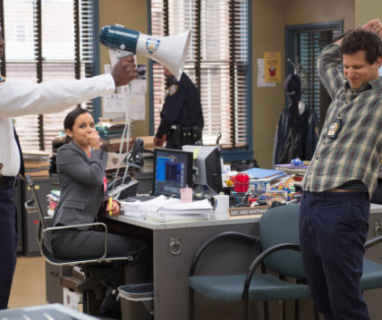 Watch Brooklyn Nine-Nine Season 1 Episode 8