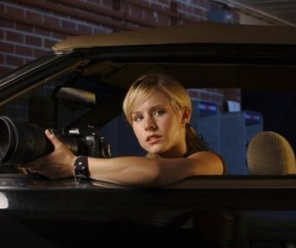Watch Veronica Mars Season 1 Episode 1