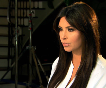 Watch Keeping Up with the Kardashians Season 8 Episode 19