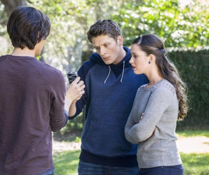 Watch Ravenswood Season 1 Episode 7