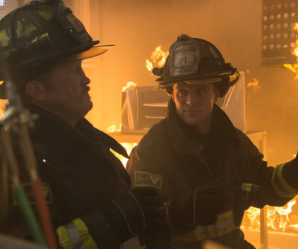 Watch Chicago Fire Season 2 Episode 11