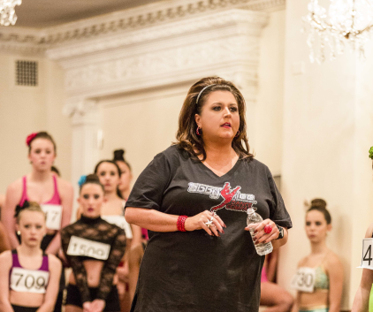 Watch Dance Moms Season 4 Episode 3