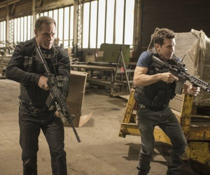 Watch Chicago PD Season 1 Episode 2