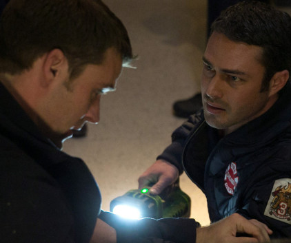 Watch Chicago Fire Season 2 Episode 13