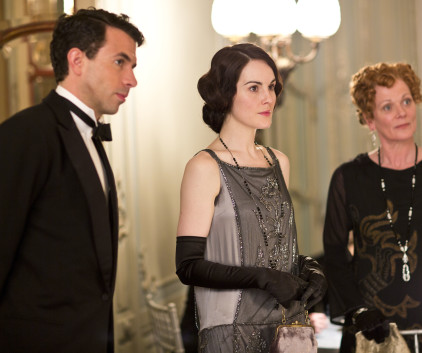 Watch Downton Abbey Season 4 Episode 3