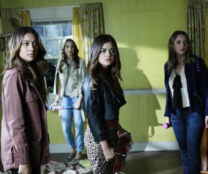 Watch Pretty Little Liars Season 4 Episode 16
