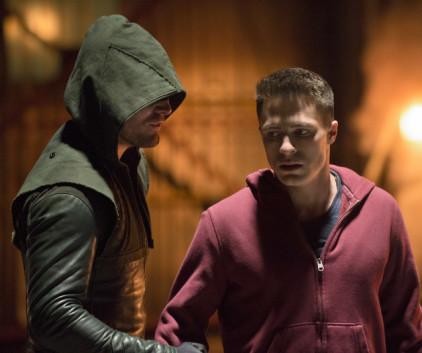 Watch Arrow Season 2 Episode 12