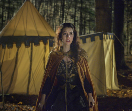 Watch Reign Season 1 Episode 10