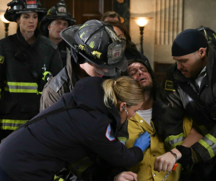 Watch Chicago Fire Season 2 Episode 15