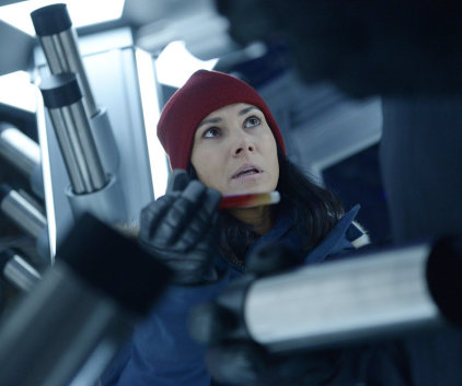 Watch Helix Season 1 Episode 9