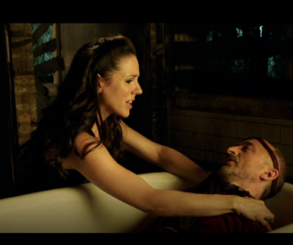 Watch Lost Girl Season 4 Episode 8