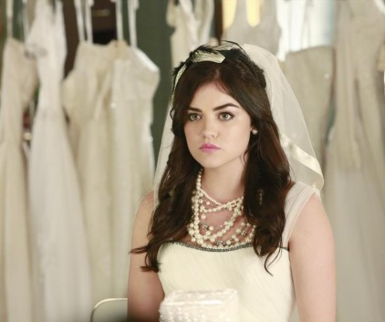 Watch Pretty Little Liars Season 4 Episode 23