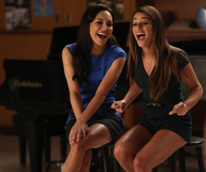 Watch Glee Season 5 Episode 13