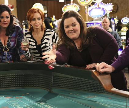 Watch Mike & Molly Season 4 Episode 16