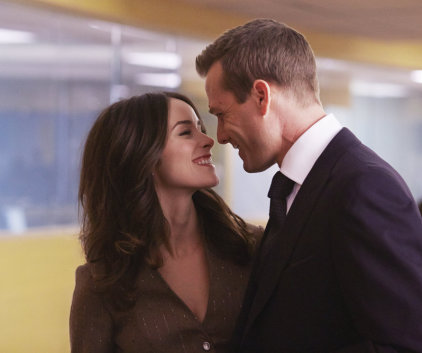 Watch Suits Season 3 Episode 15