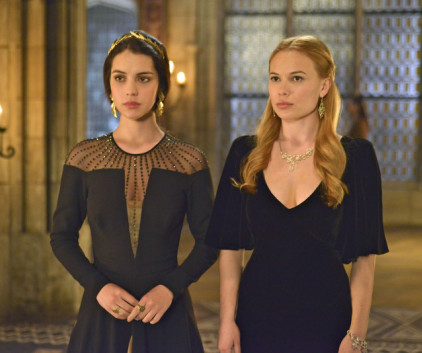Watch Reign Season 1 Episode 17
