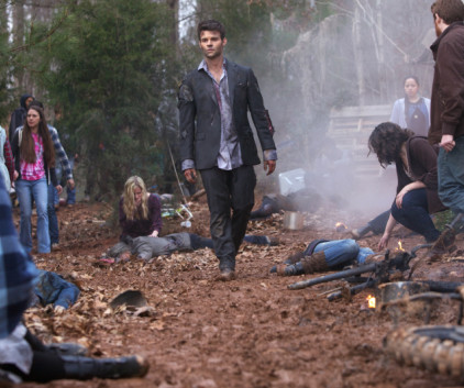 Watch The Originals Season 1 Episode 19