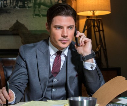 Watch Dallas Season 3 Episode 8
