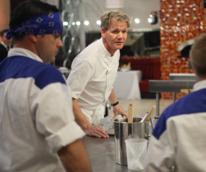 Watch Hell's Kitchen Season 12 Episode 6