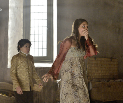 Watch Reign Season 1 Episode 22